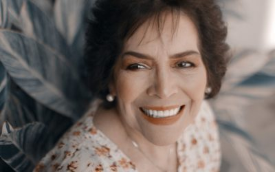 Dentures & Dental Implants That Will Help You Look Younger and Chew Better